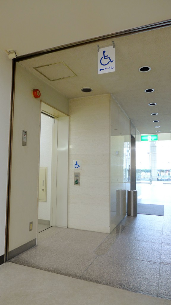 1F_障害者用トイレ